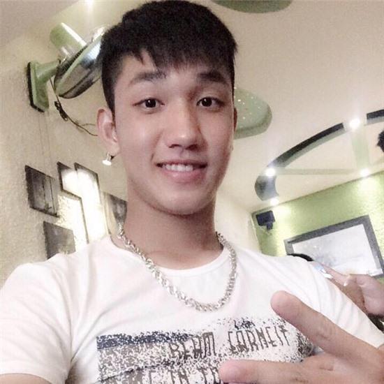 Cư dân mạng săn lùng đội trưởng hot boy của U19 Việt Nam - Ảnh 2.
