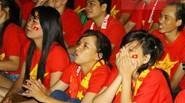 Fan nữ mắt đỏ hoe vì U23 Việt Nam thua đau trước người Nhật