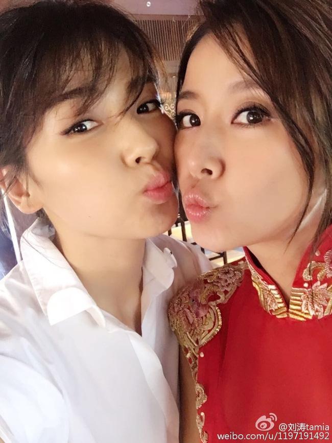 Cặp đôi Hoa - Như trao nhau nụ hôn siêu ngọt ngào, Triệu Vy cuối cùng cũng đã xuất hiện rồi! - Ảnh 3.