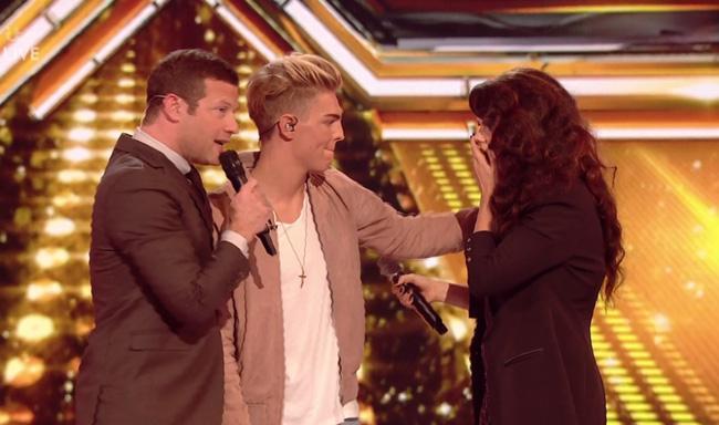 Giám khảo X-Factor Anh tức giận ném đồ vào đồng nghiệp vì bị lừa - Ảnh 8.