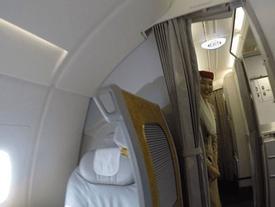 Chuyến bay trong mơ trị giá 60.000 USD của blogger du lịch
