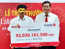 Vietlott khuyến cáo không mua vé Mega 6/45 bán dạo