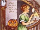 Halloween dần được biết đến như là ngày của bói toán?