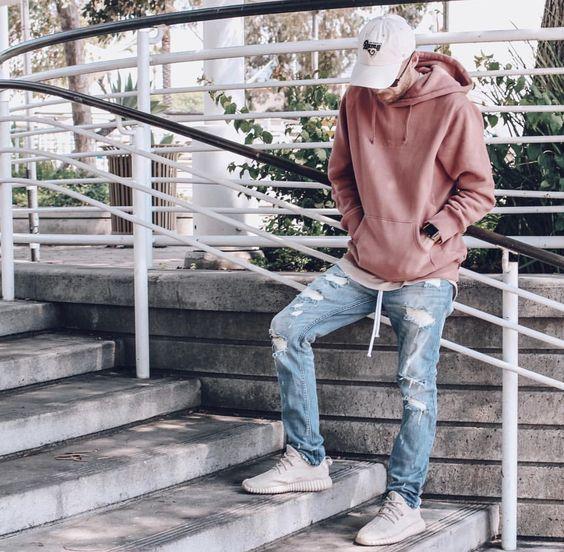 """Mix đồ với quần jeans rách thế nào cho ra """"chất""""?"""