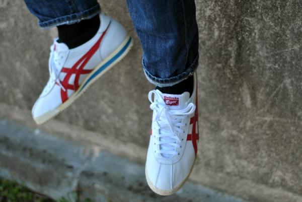 10 thiết kế sneaker nam biểu tượng mọi thời đại