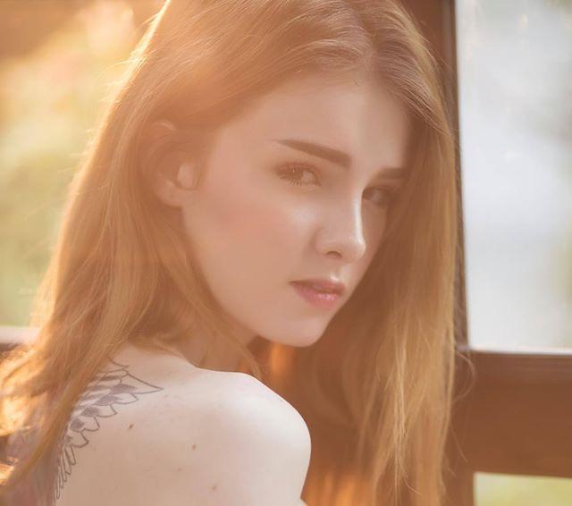 Cô nàng được mệnh danh là nữ thần Thái Lan với vẻ đẹp vừa thoát tục vừa nóng bỏng - Ảnh 7.