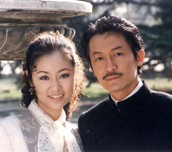 Ảnh độc thời mới vào nghề của Lâm Tâm Như, Triệu Vy, Dương Mịch - Ảnh 2.