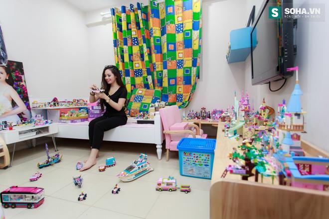 Bố mẹ MC Ngọc Trang sốc khi biết con gái sống cùng chồng chuyển giới - Ảnh 9.