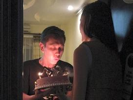 Giận nhau, Lê Thúy định bỏ rơi ông xã trong ngày sinh nhật....