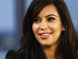 """""""Nữ hoàng thị phi"""" Kim Kardashian có gì tốt đẹp mà đến 87 triệu người hâm mộ cuồng nhiệt?"""