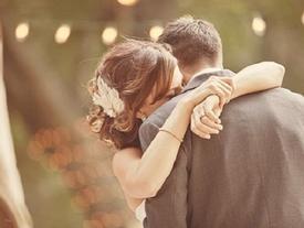 Người tuổi Dậu có nên kết hôn vào năm Ất Dậu 2017 hay không?