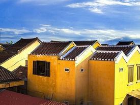 Những ngôi nhà nhuộm sắc vàng khu phố cổ Hội An