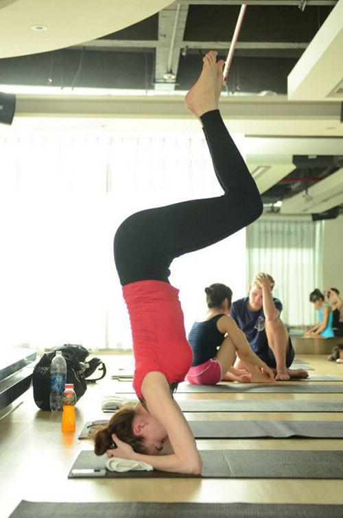 "sao viet muon cac tu the yoga ""kho nhan"" de kheo khoe body dep - 2"