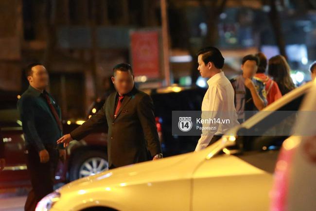 Hoa hậu Thu Thảo hạnh phúc đi ăn tối cùng bạn trai sau khi dự sự kiện - Ảnh 4.