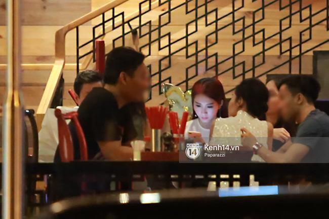 Hoa hậu Thu Thảo hạnh phúc đi ăn tối cùng bạn trai sau khi dự sự kiện - Ảnh 6.