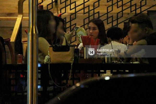 Hoa hậu Thu Thảo hạnh phúc đi ăn tối cùng bạn trai sau khi dự sự kiện - Ảnh 7.