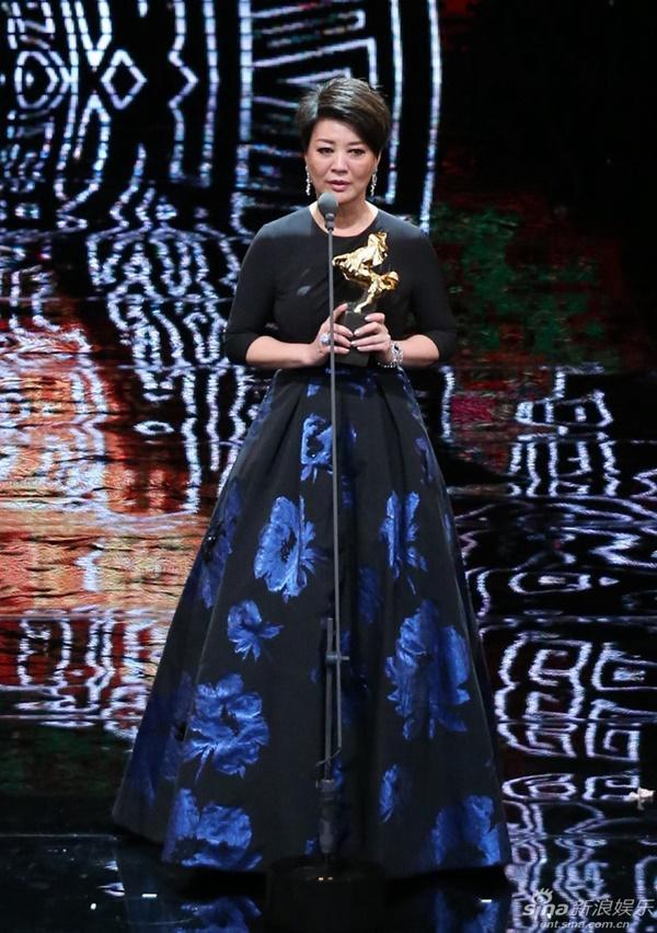 Nữ diễn viên phụ xuất sắc nhất: Kim Yến Linh.   Diễn viên mới xuất sắc nhất: Khổng Duy Nhất.