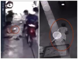 Clip: Nam thanh niên ngã sấp mặt khi đuổi theo hai tên cướp giật điện thoại ở Sài Gòn