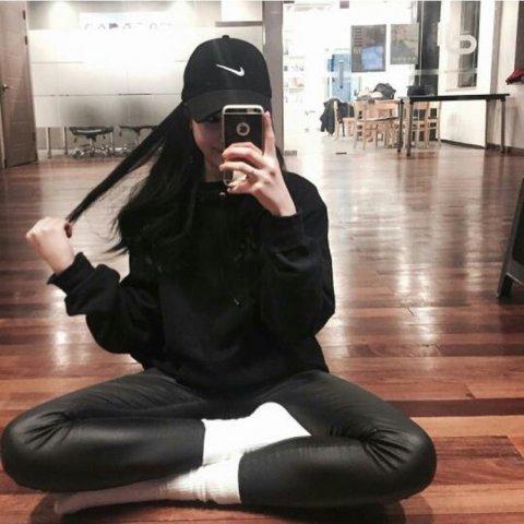 """Nhan sắc """"một trời một vực"""" giữa ảnh selfie và ảnh thực tế của nữ thần tượng Hàn - Ảnh 4."""