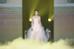 Xuất hiện trong sự kiện này, Triệu Lệ Dĩnh diện váy trắng, trông xinh như thiên thần.