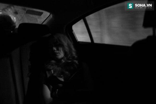 Thay đồ trên ô tô và cuộc sống sau 12h đêm của hot girl nóng bỏng Linh Miu-3