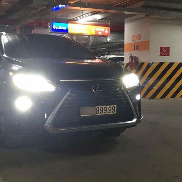 ... và Lexus RX350 đều đeo biển số tứ quý 9 cực đẹp. Ảnh: Ngọc Phú