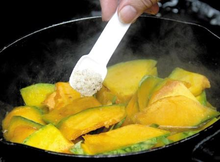 Cách dùng các loại  gia vị an toàn khi nấu ăn