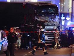 Tấn công xe tải tại chợ Giáng sinh Berlin: 9 người chết, ít nhất 50 người bị thương