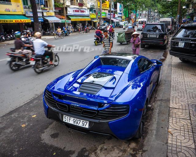 Cặp đôi siêu xe Minh Nhựa và tay chơi quận 2 khoe dáng trên phố Sài thành - Ảnh 7.