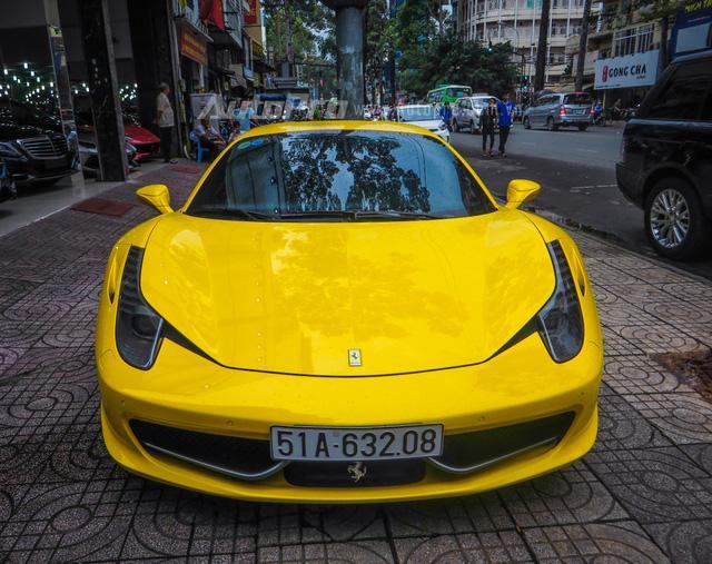 Cặp đôi siêu xe Minh Nhựa và tay chơi quận 2 khoe dáng trên phố Sài thành - Ảnh 16.