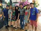 FB 24h: Mặc ồn ào bị ngăn cản tình yêu, Khánh Thi vui vẻ dự tiệc cùng đại gia đình Phan Hiển