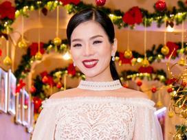 Lệ Quyên đẹp tựa thiên nga trắng ngày ra mắt CD Lam Phương