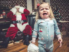 Bi hài phản ứng khi gặp ông già Noel của các siêu quậy