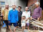 Gia đình có 7 người lùn kỳ lạ nhất Việt Nam