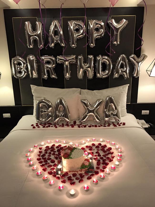 Tranh thủ chuyến lưu diễn, Tim bí mật tổ chức sinh nhật lãng mạn cho Trương Quỳnh Anh - Ảnh 4.