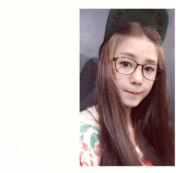Bức ảnh đầu tiên trên Instagram của các hot girl Việt nổi tiếng trông như thế nào? - Ảnh 3.