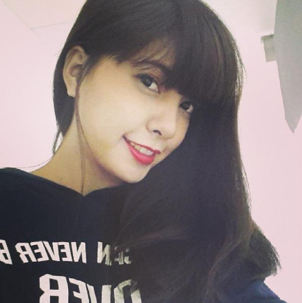 Bức ảnh đầu tiên trên Instagram của các hot girl Việt nổi tiếng trông như thế nào? - Ảnh 5.