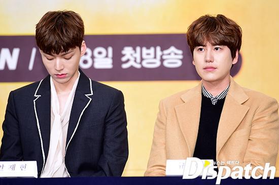 Goo Hye Sun đẹp hút hồn tại triển lãm riêng, Ahn Jae Hyun điển trai ngày trở lại - Ảnh 13.