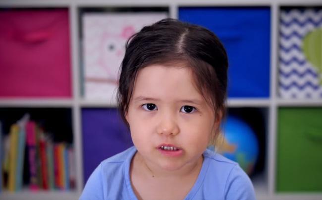 """""""Bà cụ non"""" 4 tuổi dạy đời giới trẻ về """"công thức"""" sống hạnh phúc trong năm mới - Ảnh 3."""