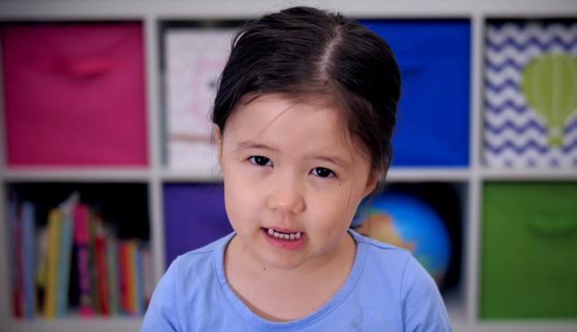 """""""Bà cụ non"""" 4 tuổi dạy đời giới trẻ về """"công thức"""" sống hạnh phúc trong năm mới - Ảnh 5."""