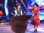 Đàm Vĩnh Hưng mang thuyền 'khủng' lên sân khấu