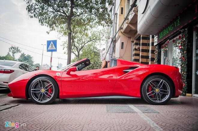 Sieu xe mui tran Ferrari 488 GTB Spider thu 2 ve Viet Nam hinh anh 2