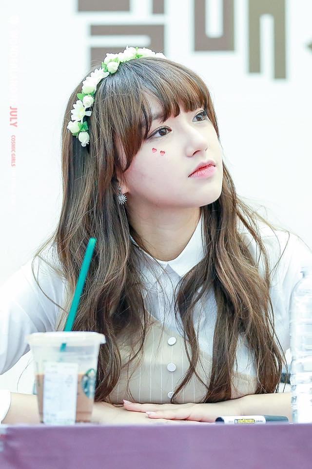 Khuôn mặt đáng yêu, vóc dáng sexy, đây là mỹ nhân Trung nổi nhất ở Hàn hiện nay-1