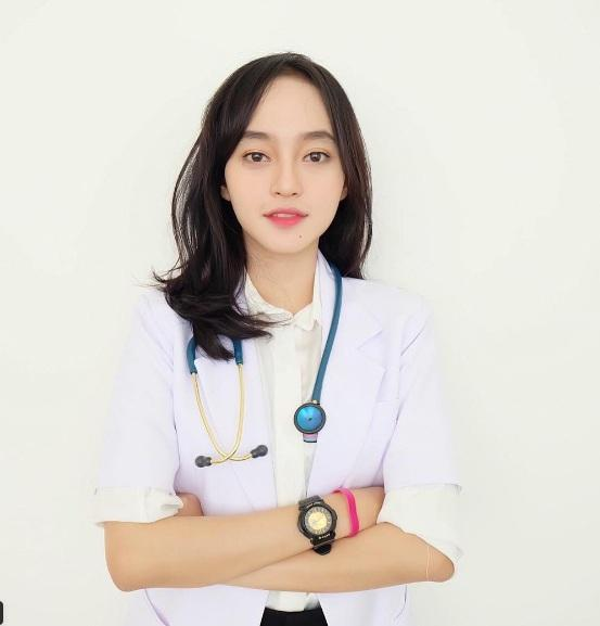 Đã xinh đẹp, lại còn vừa là bác sĩ, MC, người mẫu ảnh - kiếm đâu ra cô gái hoàn hảo vậy đây? - Ảnh 3.