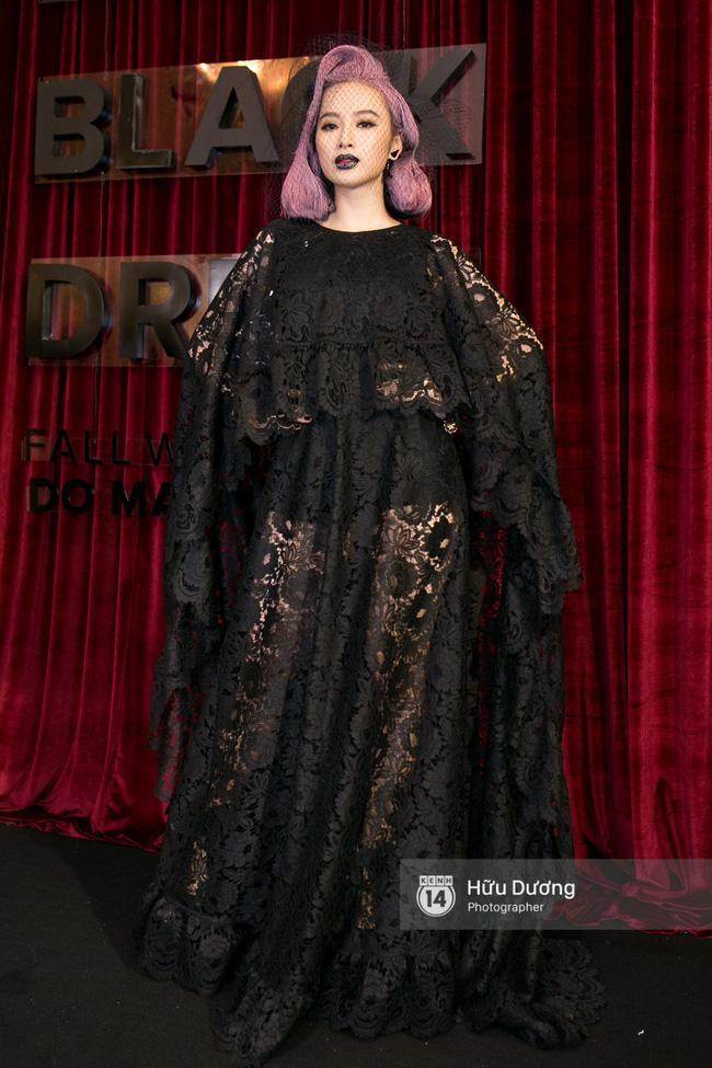 Thảm đỏ thời trang 2016: đất diễn dành riêng cho những chiêu trò của Angela Phương Trinh - Ảnh 9.