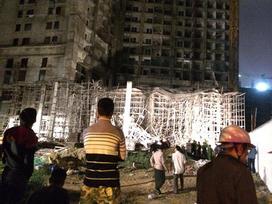 Đà Nẵng: Sập giàn giáo ở tòa nhà Luxury Apartment, 4 người bị thương