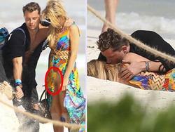 Chơi đùa quên thân, siêu mẫu Paris Hilton để lộ vùng nhạy cảm bên bồ trẻ