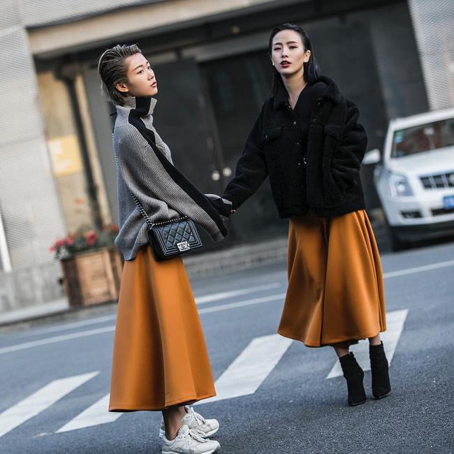 Ngắm ngay street style thế giới để học lỏm bí kíp mix đồ đảm bảo ấm-đẹp-chất - Ảnh 6.