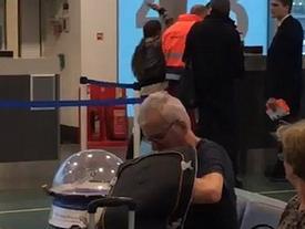 Đến muộn không kịp lên máy bay, nữ hành khách tát thẳng vào mặt nhân viên sân bay