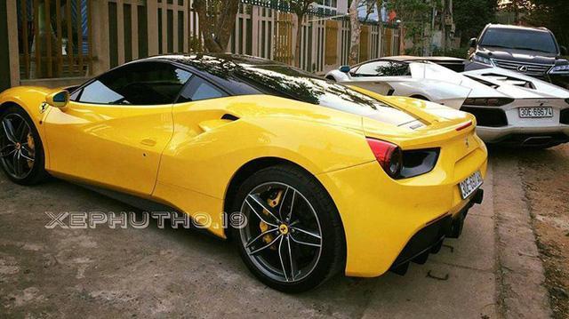 Bộ đôi siêu xe Ferrari và Lamborghini rủ nhau đi đăng kiểm tại Hà Nội - Ảnh 3.
